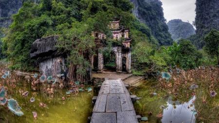 VIE-13 (10Days9Nights)Luxury Vietnam Highlight Vacation