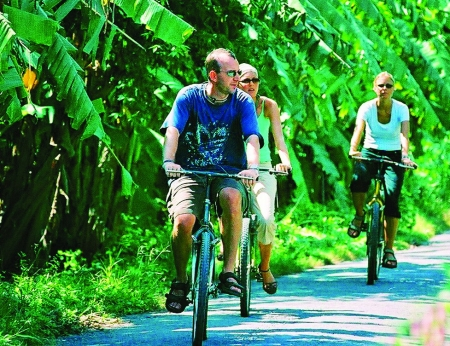 AVD-08 (11Days - 10Nights)CAMBODIA & VIETNAM CYCLING